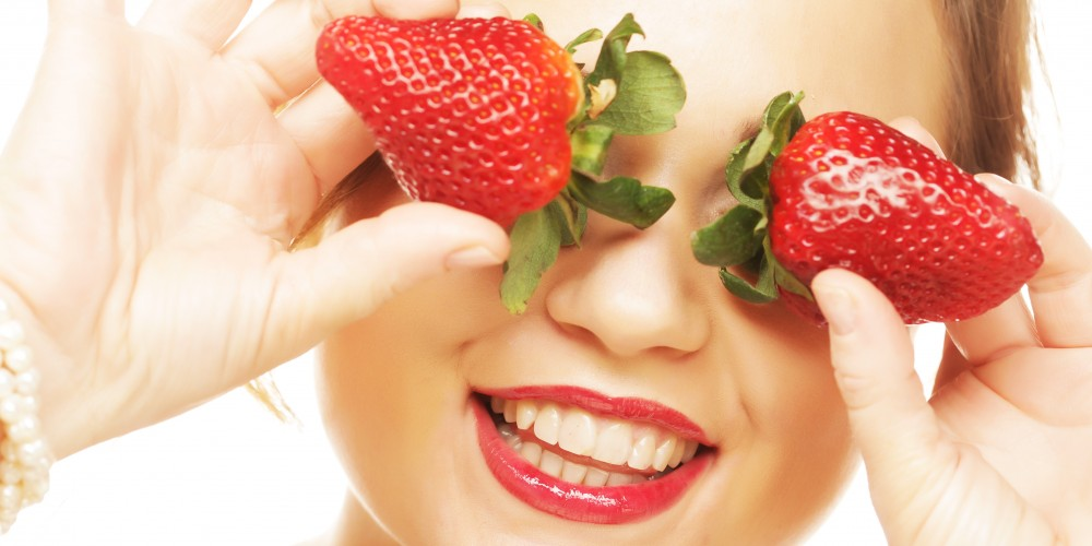 D.I.Y. Homemade strawberry face and body scrub